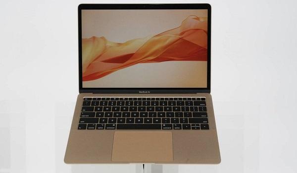 新款 MacBook Air 的电池可独立更换
