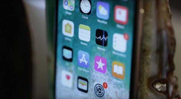 由于 OLED 面板出货量不及预期,三星显示要求苹果公司赔偿