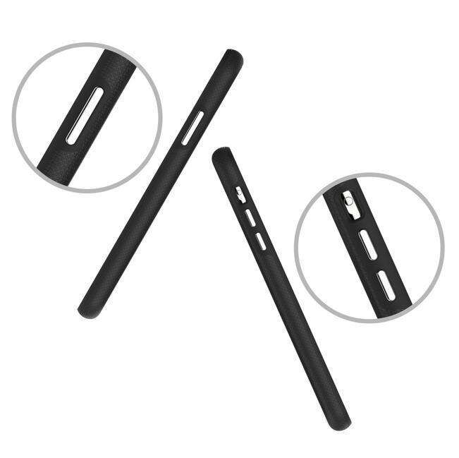 iPhone 11 Max 手机壳曝光:采用后置三摄、Lightning 接口