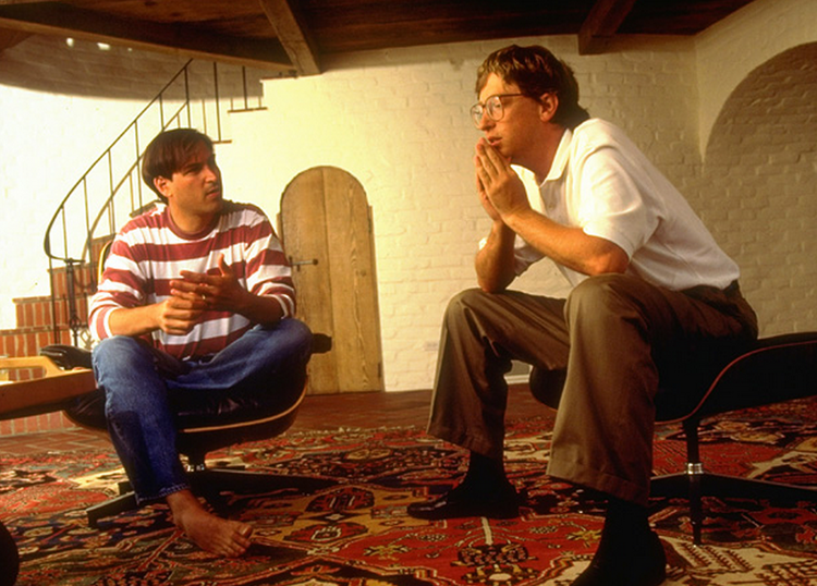 比尔盖茨评价乔布斯,有时候犯混但是设计才华出众