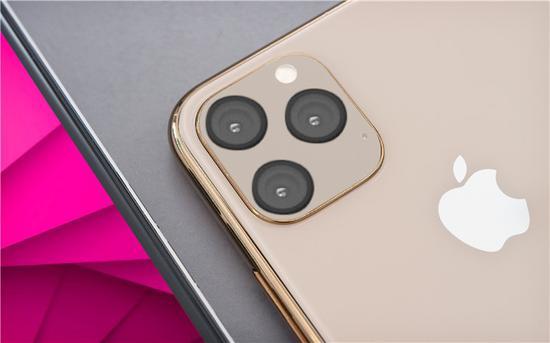 苹果 iPhone 11 Max 相机曝光: