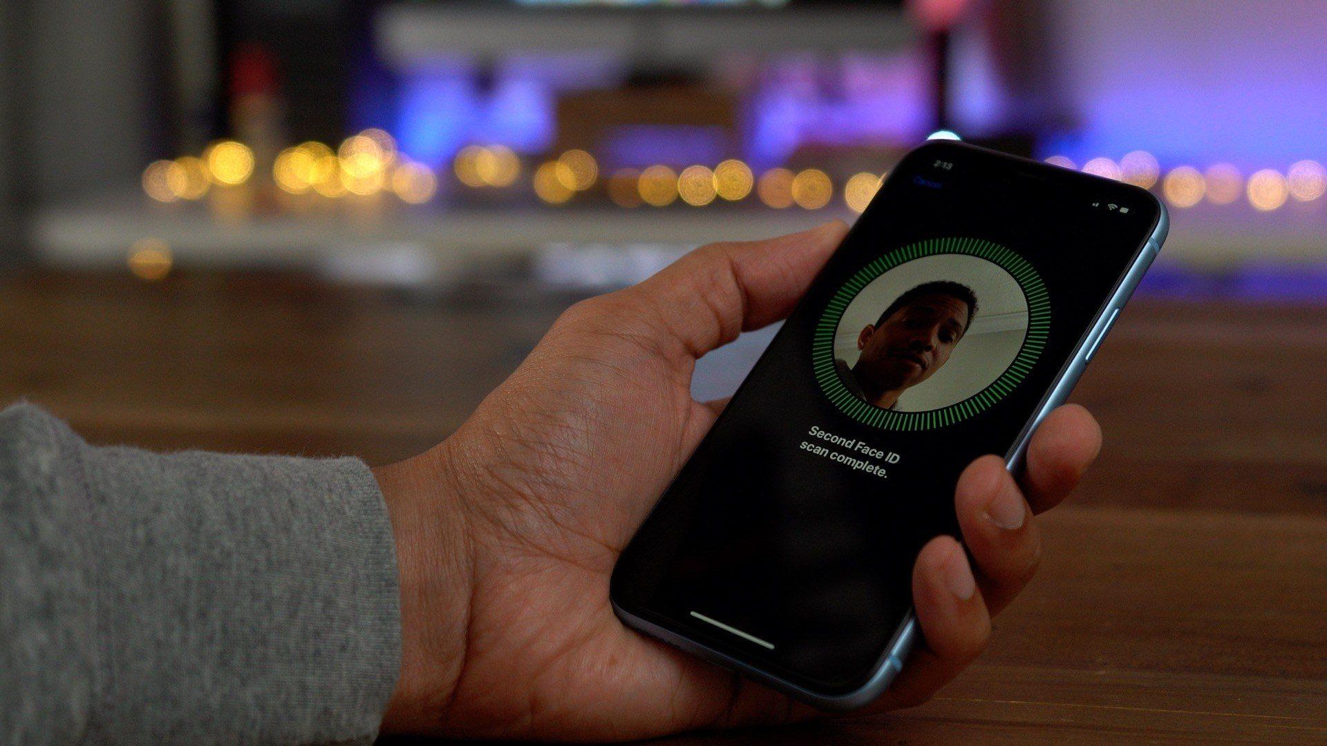 彭博社:iPhone 11 弱光拍照性能将更突出,支持多角度 Face ID 解锁