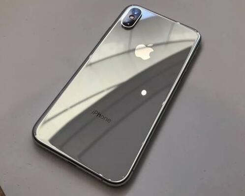 JDI 或还需两年才能向苹果公司供应 OLED 显示屏