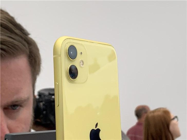 苹果新款 iPhone 11 上手怎么样?现场实拍图来了