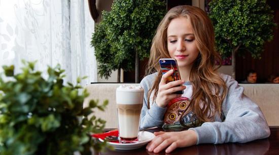 调查显示:青少年 iPhone 拥有率上升,购买意愿居高不下