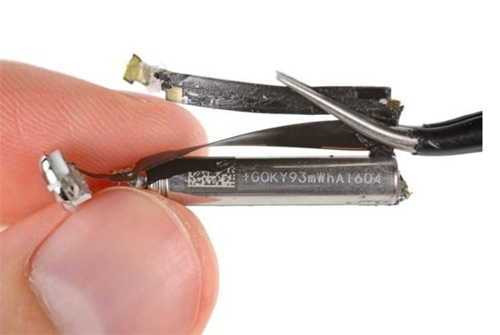 苹果 AirPods 电池无法更换,但电池服务或许能帮你省钱