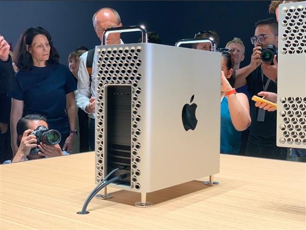 苹果或将宣布新款 Mac Pro 上市时间,整套超 30 万