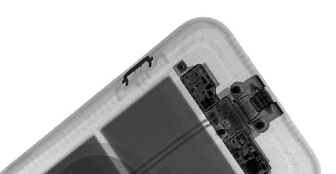 X 光照射 iPhone 11 智能电池壳,看看拍照键如何工作