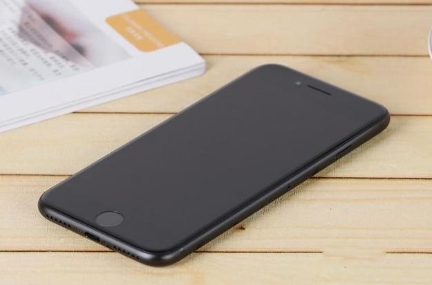 历代苹果iPhone手机都有哪些缺陷?