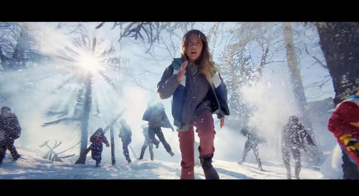 Apple 分享「Shot  On iPhone 11 Pro」系列短片:雪球大战