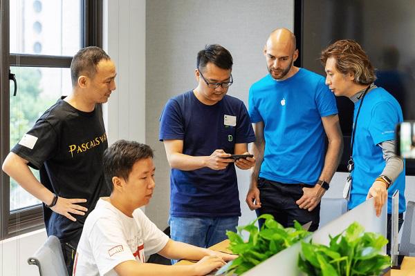 巨人网络《帕斯卡契约》上线 次世代手游开发能力获苹果认证