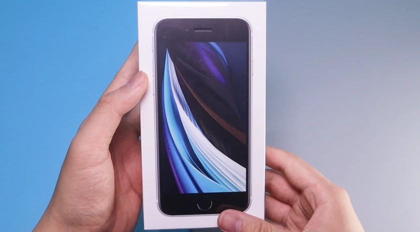 iPhone SE 依旧搭载英特尔基带,信号略强于双卡 iPhone 11