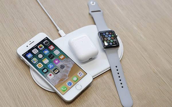 苹果新款 iPhone 12 会支持双向无线充电?
