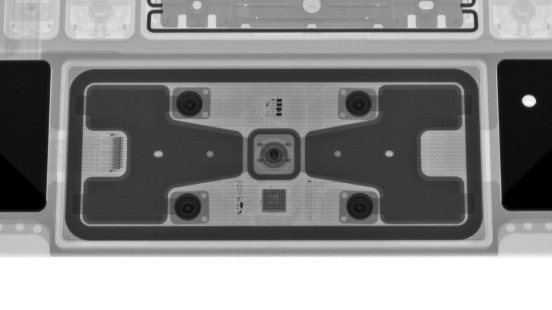 X 射线下的 iPad Pro 妙控键盘,设计非常复杂