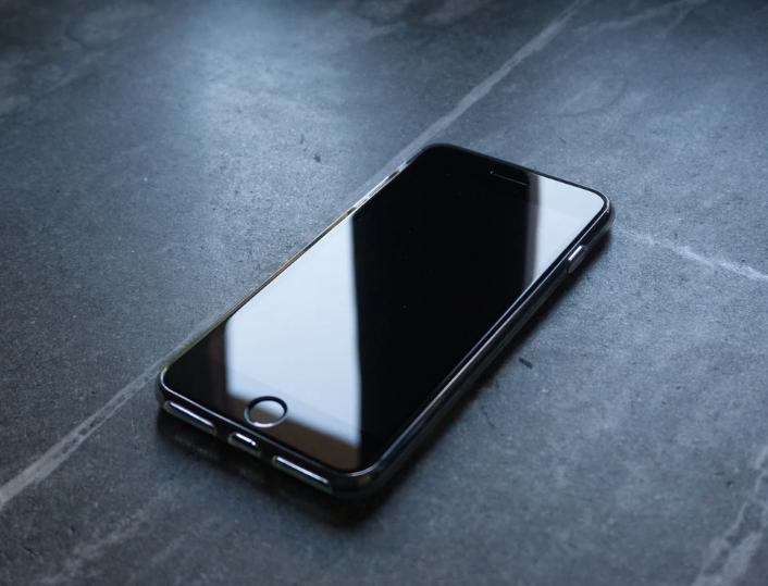 "iPhone 提示""无法创建 Apple ID""或""无法设置 iCloud""怎么办?"