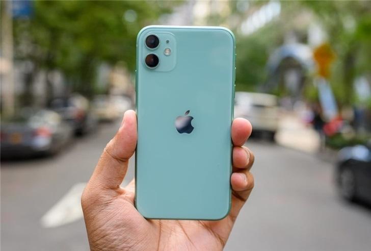 京东公布 618 手机战报:iPhone 首日成交额超 15 亿元