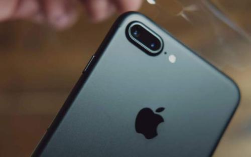 苹果iPhone手机相机黑屏怎么办?