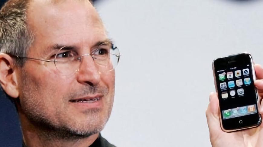 十年一梦,传 iOS 将重新改名回 iPhone OS