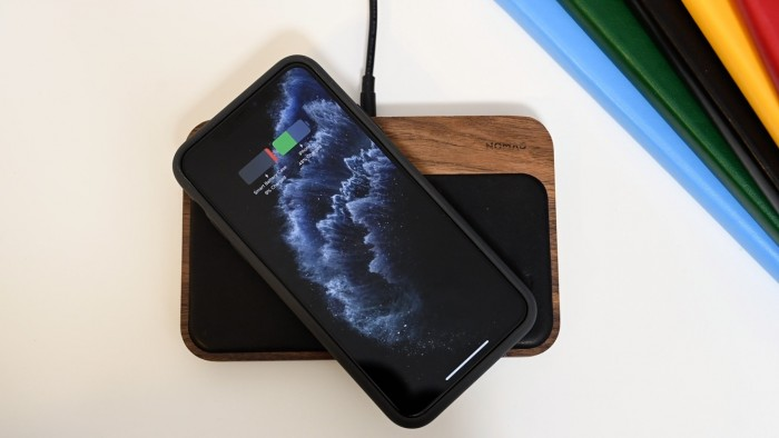 苹果研究双向无线 Qi 充电盒,不需要 Lightning 数据线充电