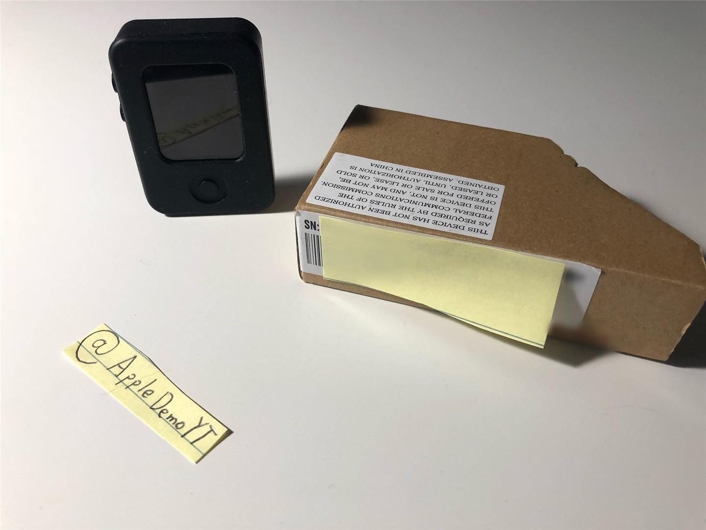 苹果 Apple Watch 原型机现身:装在 iPod nano 样式的安全壳中