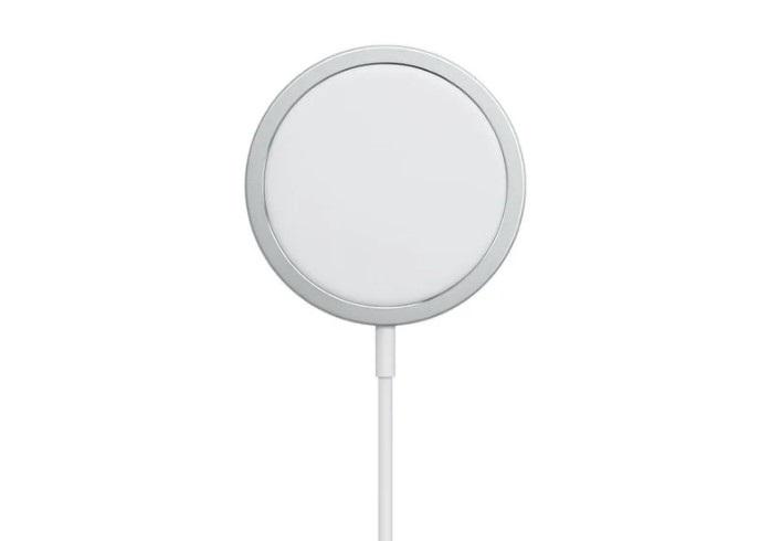 非 iPhone 12 机型使用苹果 MagSafe 充电器充电极慢