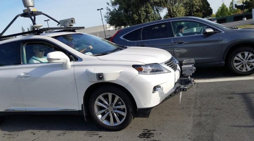 苹果扩大自动驾驶测试车队,将试车员数量减半