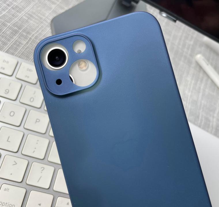 苹果 iPhone 13 全系手机壳曝光:后置镜头大提升