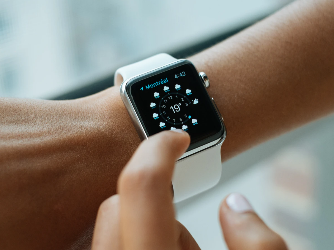 iOS 14.7 系统出现 Bug:搭载 Touch ID 的 iPhone 无法自动解锁 Apple Watch