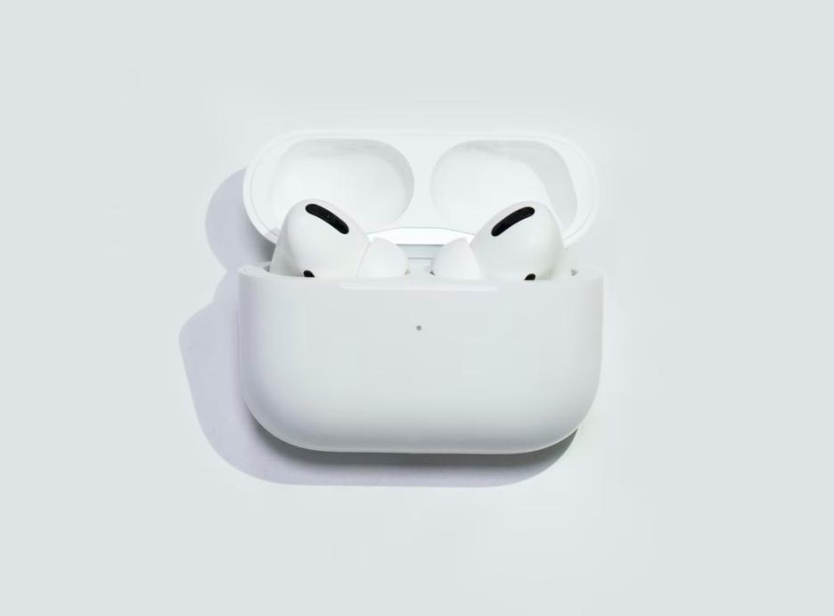 苹果延长 AirPods Pro 维修计划,以解决爆裂声/降噪问题